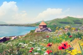 Discover Armenia's landscape by hireal car