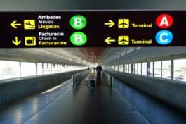 Flughafen Spanien Schild