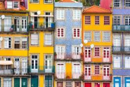 Häuserfassaden in Porto