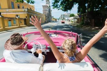 Mit dem Oldtimer durch Kuba