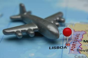 Karte Lissabon mit Flugzeug