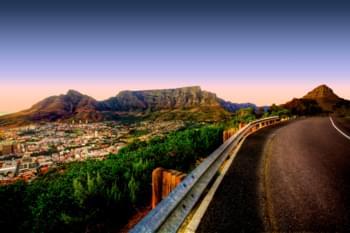 En la carretera en Ciudad del Cabo, Sudáfrica
