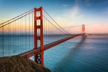 Noleggio auto in California sul Golden Gate Bridge