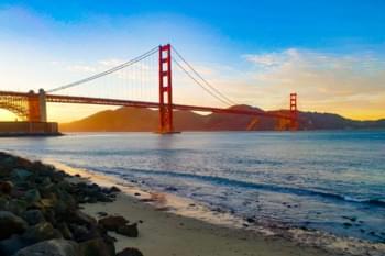 Sonnenuntergang über der Golden Gate Bridge, San Francisco