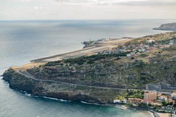 Blick auf den Flughafen Funchal, Madeira