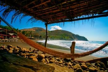 Amaca sulla spiaggia di El Salvador