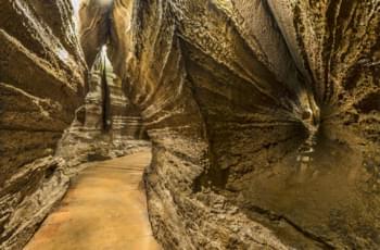 Höhleneingang der Colom Höhle