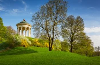 Parque en el Englischen Garten en Múnich