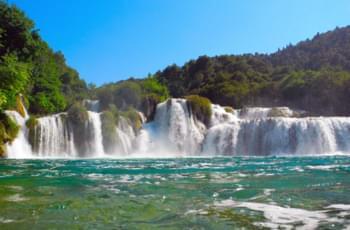 Wasserfall Kroatien mit dem Mietwagen besuchen