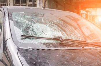Versicherung Glas, Reifen, Dach, Unterboden