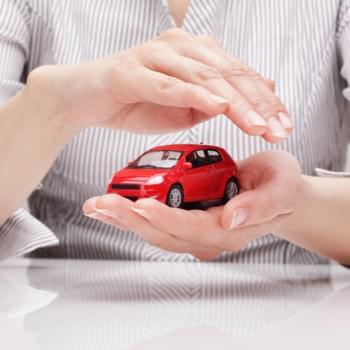 Welche Versicherungen brauche ich bei einem Mietwagen?