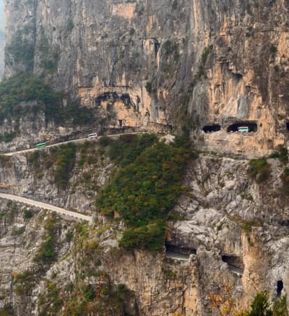 """Abenteuer China: """"Die Straße, die keine Fehler verzeiht"""""""