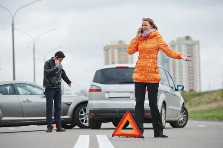 Ohne einen ausreichenden Deckungsbeitrag bei der Haftpflicht kann ein Unfall sehr teuer werden.
