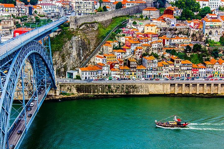 Mit dem Mietwagen Porto entdecken