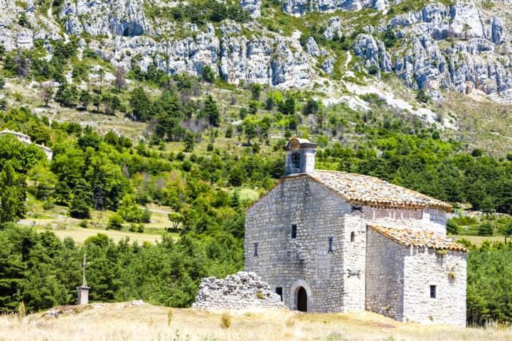 Chapel Notre-Dame de Gratemoine, Seranon an der Route Napoleon