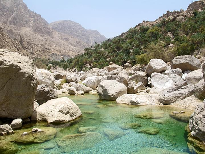 Wadi Tiwi: natürliche Pools mit kristallklarem Wasser