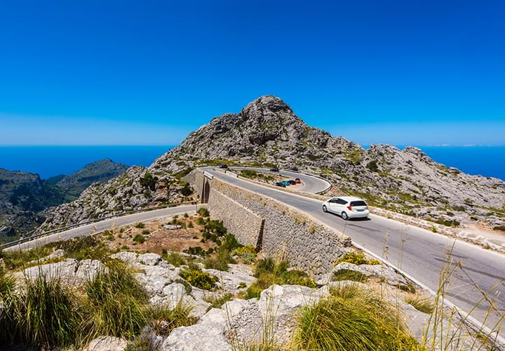 Discover Mallorca by Rental Car