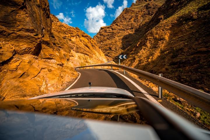 Viajando por Gran Canaria en carro de arrendamiento