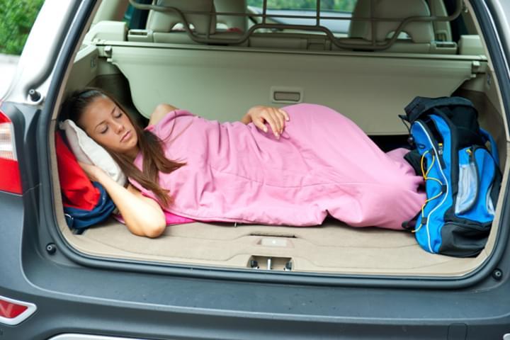 Im Auto schlafen: Ist das erlaubt?