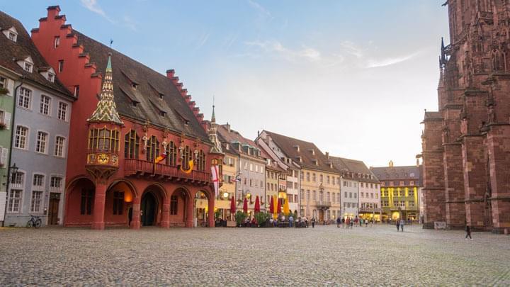 Mit dem Mietwagen in Freiburg und Umgebung unterwegs