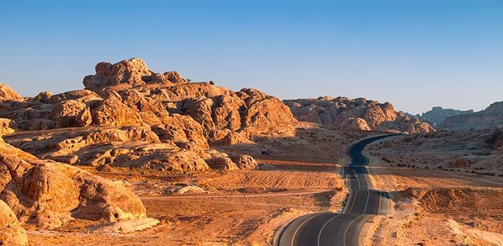 Mit dem Mietwagen in Amman, Jordanien unterwegs