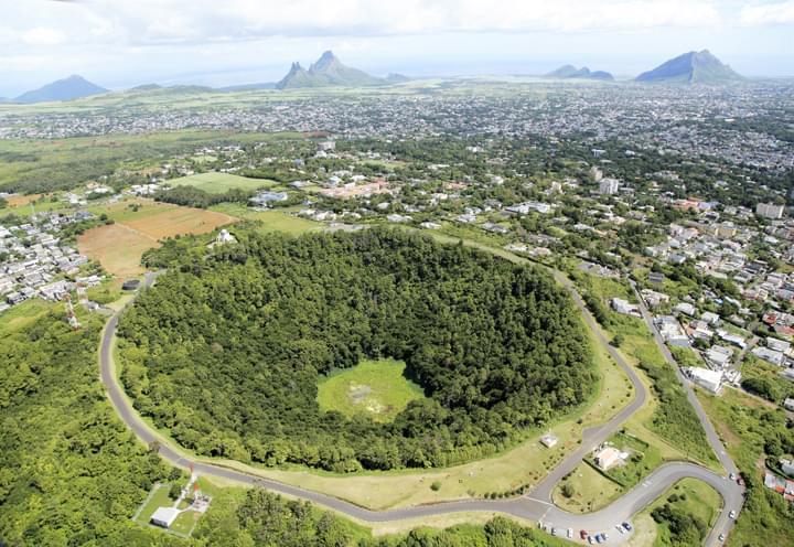 Vista del Cráter Troux en Cerfs en Mauricio