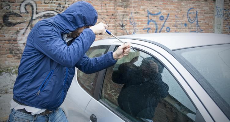 Diebstahl und Einbruch am Auto: So schützen Sie Ihren Mietwagen