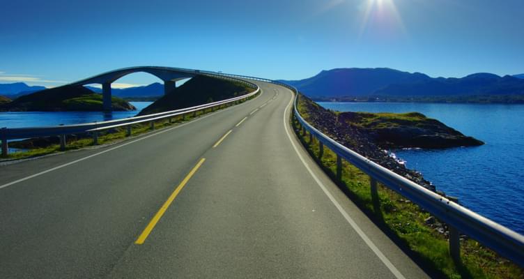 Abenteuer Norwegen: Auf Wellen über das Meer