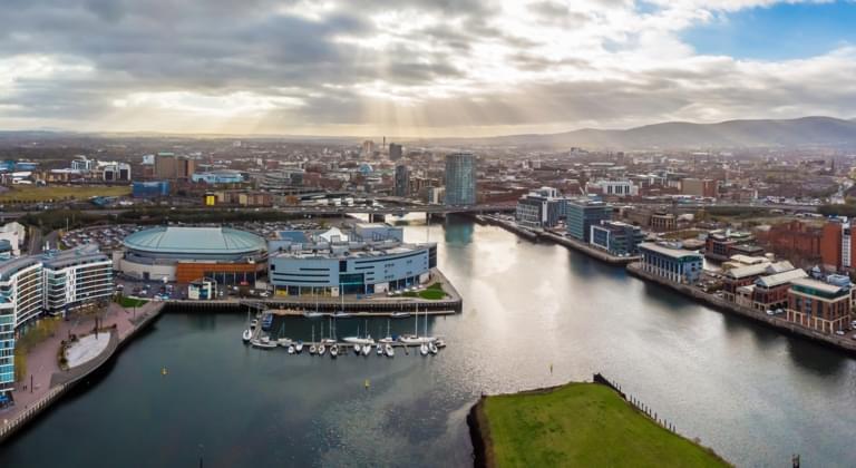 Alquiler de coches Aeropuerto Internacional de Belfast