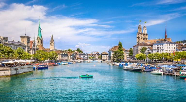 Blick auf das historische Zentrum von Zürich